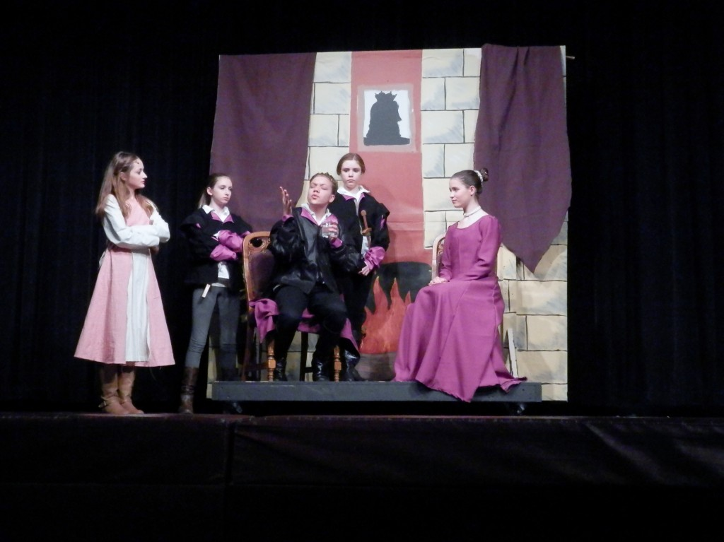 Play of Robin Hood: Lady of Legend by R.M. ArceJaeger, Performed by Middle School South (Lake Zurich)